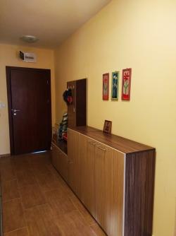 Двухкомнатная квартира Святой Влас